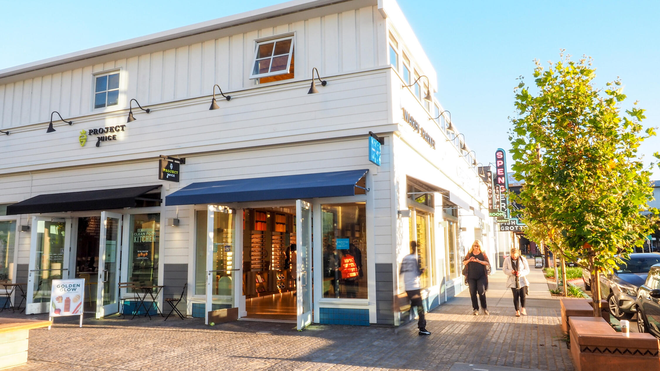 Fourth Street Berkeley retail store facades with pedestrians on sidewalks