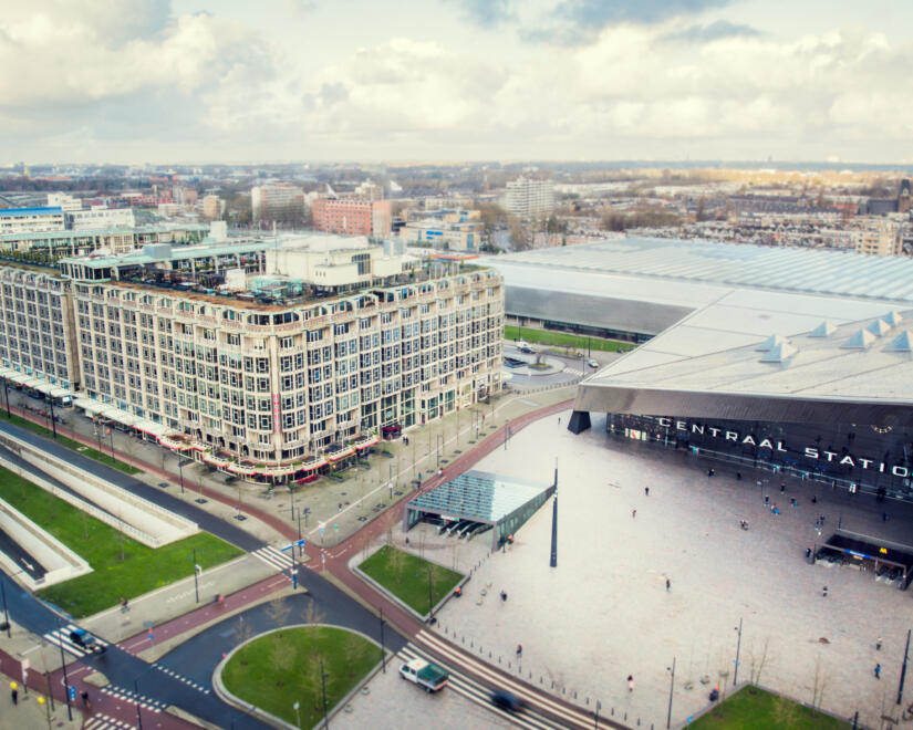 Groot Handelsgebouw aerial with surrounding buildings in distance