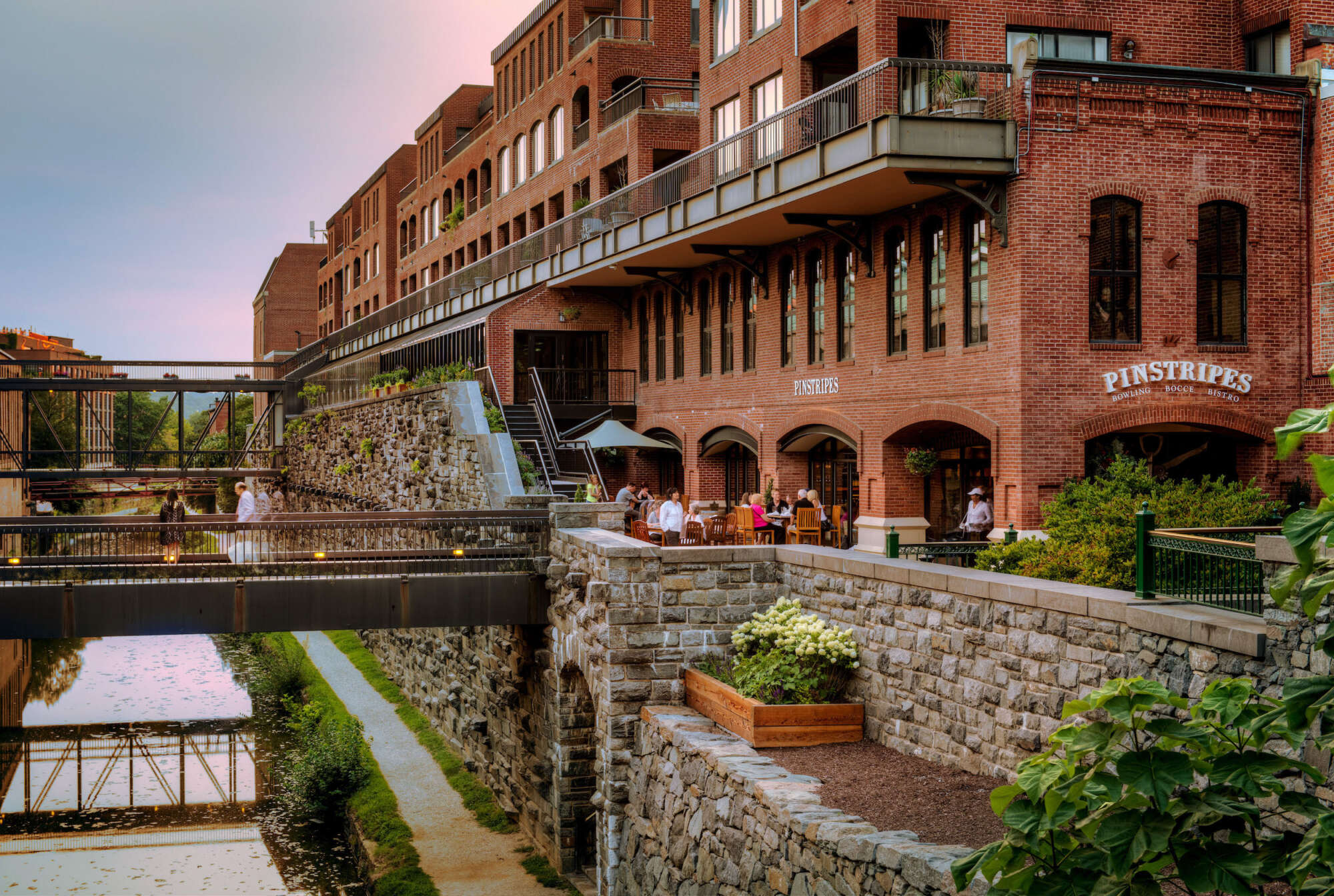 Georgetown Park retail shops exterior facing canal with bridges